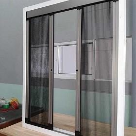 Cửa chống muỗi - giải pháp chống mẩn ngứa do muỗi gây ra