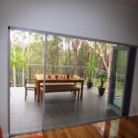 Kết hợp cửa lưới chống muỗi và các mẹo dân gian để bảo vệ sức khỏe