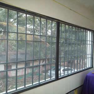 Cửa lưới chống muỗi cố định màu Ghi HM68
